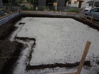 砕石敷き.JPG