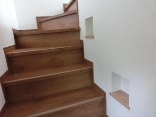 階段ニッチ.JPG